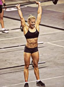 CROSSFIT GIRL denae-brown-2